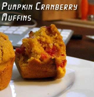 pumpkin-cranberry-muffins